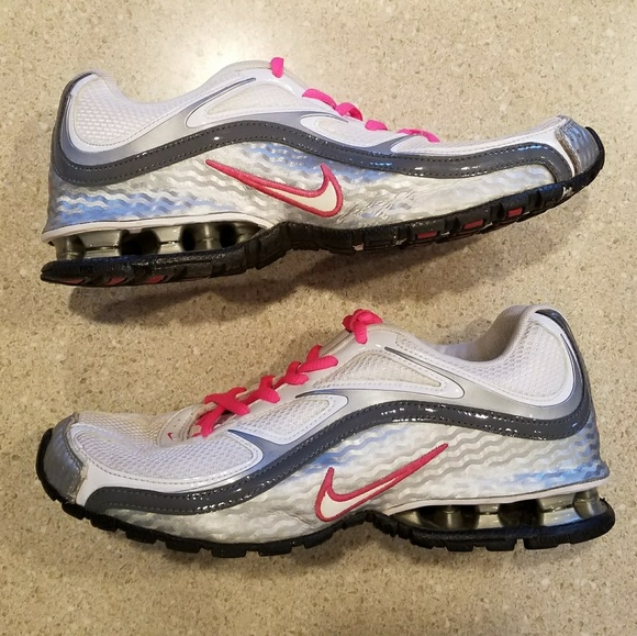 146c7aff6 Nike Reax Run 5 Running Shoes size 8. M_5a67b6276bf5a69c4d501e24